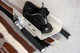 The Modified Shoe Donner with its handles in the collapsed position.